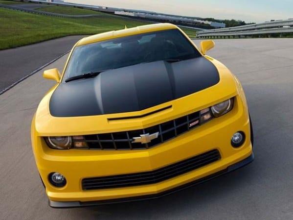O olhar malvado do novo Chevrolet Camaro.