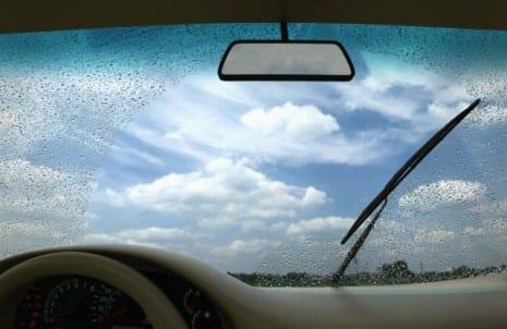 Quando trocar as palhetas do seu carro?