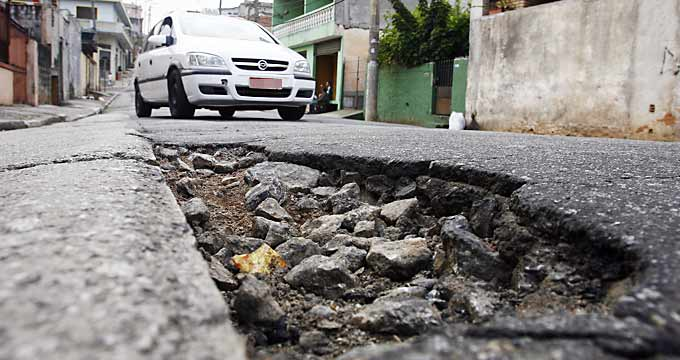 Buracos nas ruas de São Paulo