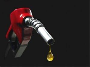 Recomenda-se rodar com pelo menos ¼ de combustível no tanque.