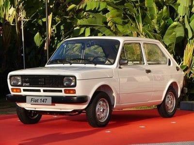 Um carrão pequeno: o clássico Fiat 147
