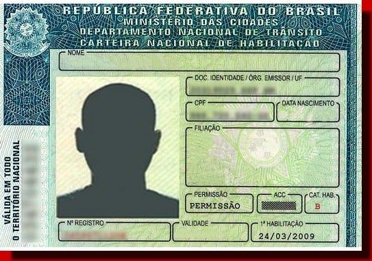 Carteira de Motorista e Documento de Veículo sofrerão mudanças em 2015