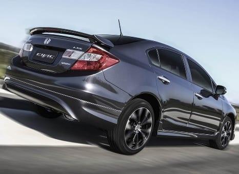 Civic 2016 chega em março para desbancar Corolla