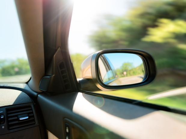 Dica de segurança: como mudar de faixa no trânsito