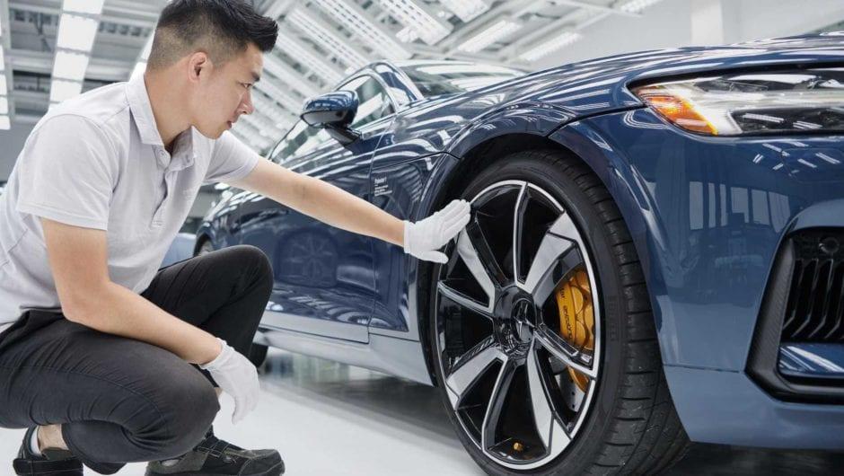 Indústria de carros na China volta a produzir