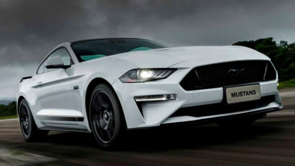 Ford Mustang Black Shadow chega ao Brasil mais potente