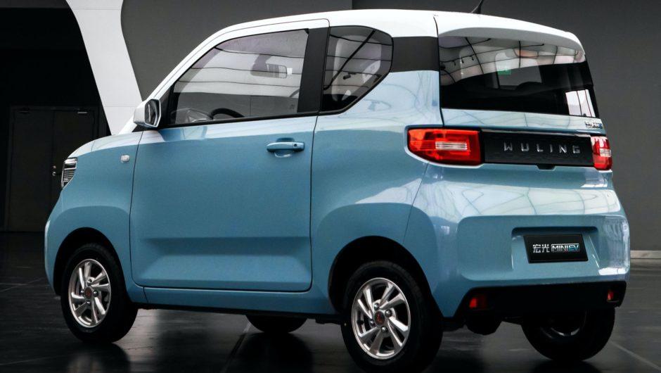 Mini carro elétrico supera Tesla em vendas na China