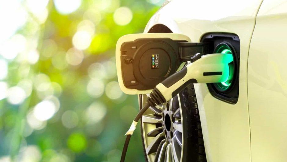 Pesquisa no Reino Unido revela satisfação dos motoristas por veículos elétricos