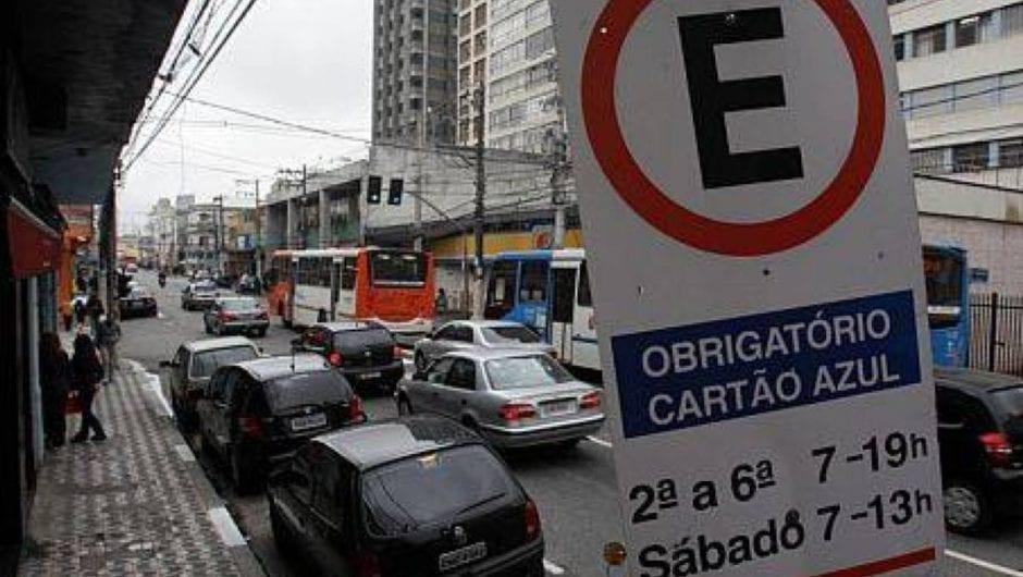Nova Zona Azul: saiba o que muda quando estacionar seu carro na rua