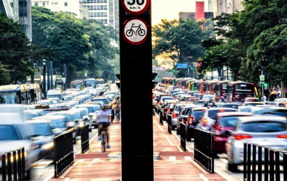 Rodízio de veículos: prefeito anuncia fim do rodízio ampliado em São Paulo